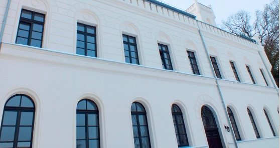 j rgen birkenmaier haus und mietverwaltung kg ludwigsburg neustadt villa windsor. Black Bedroom Furniture Sets. Home Design Ideas